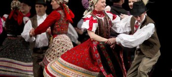 Hungarian Dance Performance  + Dinner & Cruise